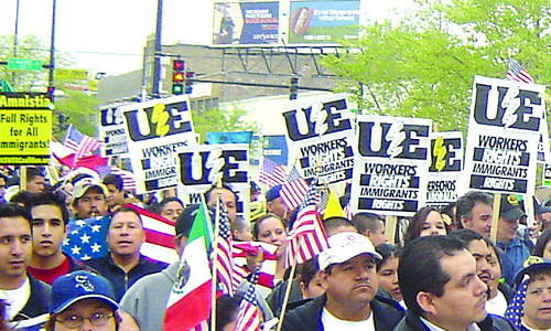 UE members march for immigrant rights