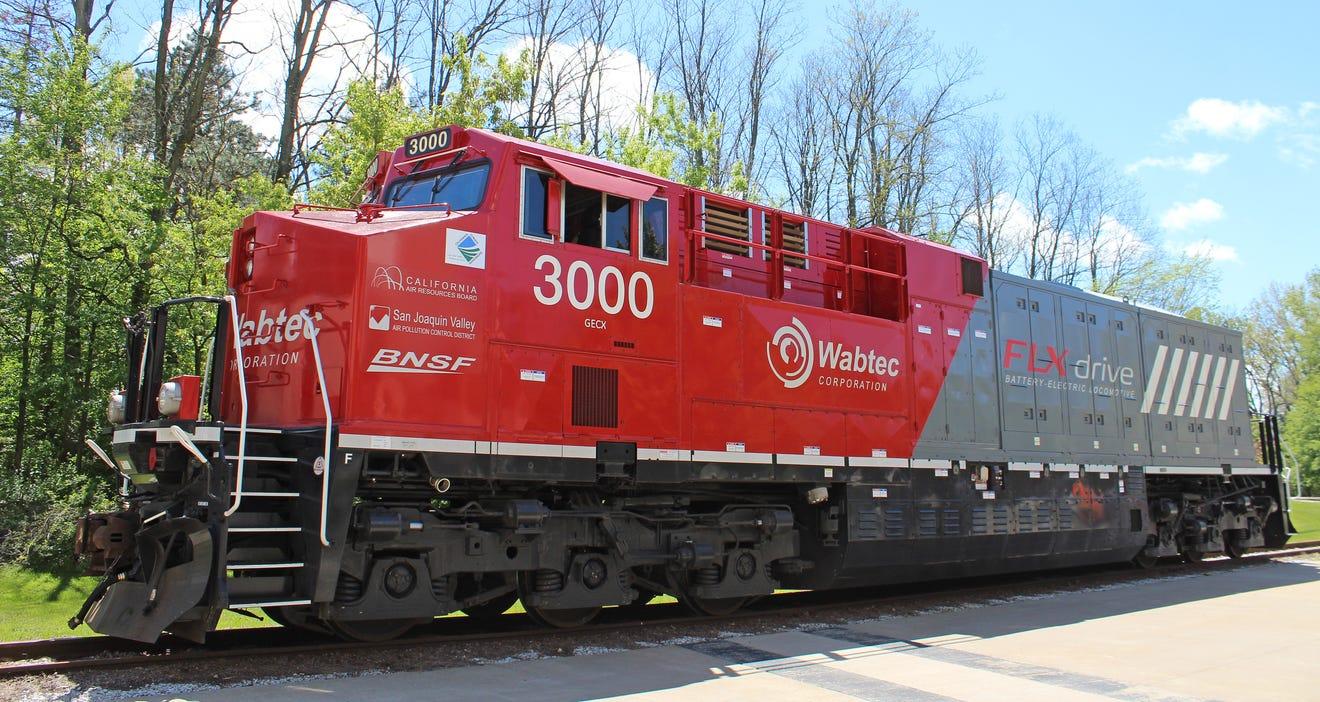 FLXdrive battery locomotive
