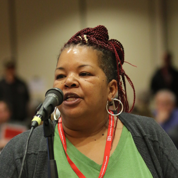 Sekia Royall speaking on convention floor